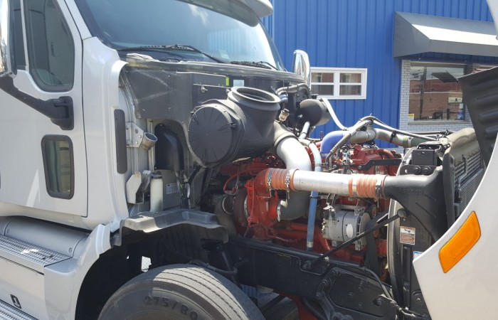2013 Peterbilt 587 - Used Truck for Sale - ISX Engine, 10 ...