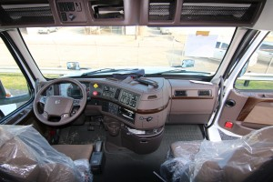 Steering Wheel and Dash 2017 Volvo Truck VNL 670