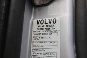4V4NC9EH7CN531661 VIN Sticker - 2012 Volvo VNL64T670