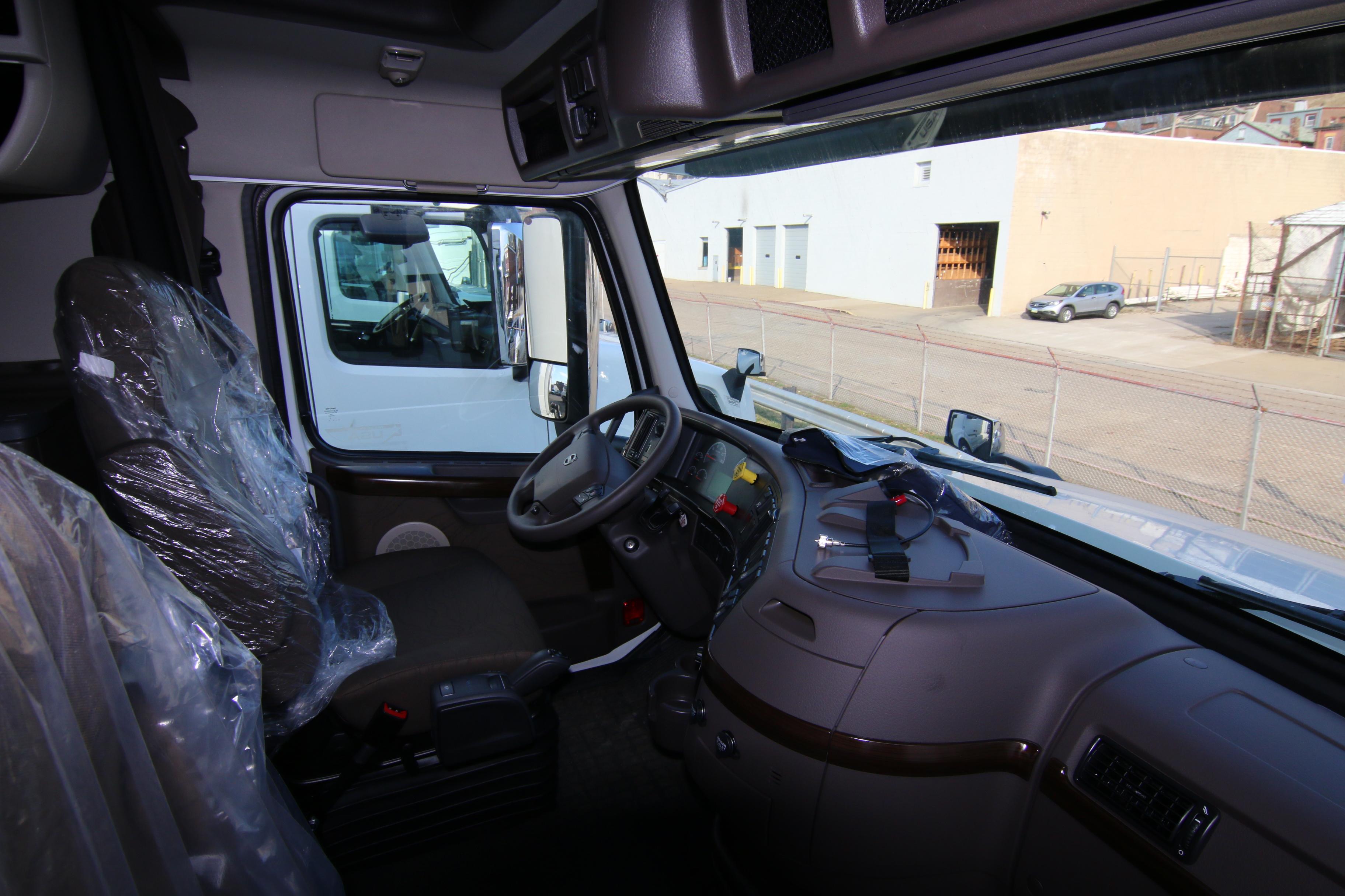 New Truck 2017 Volvo Truck Vnl670 For Sale Wheeling Truck Center