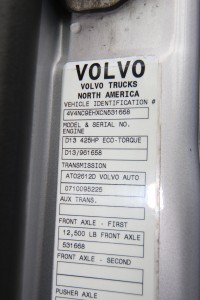 4V4NC9EHXCN531668 VIN Sticker - 2012 Volvo Truck VNL64T670