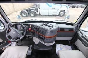 Interior - 2012 Volvo Truck VN 670