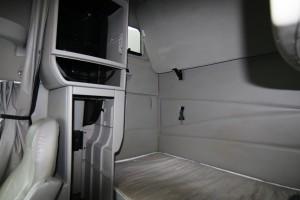 Sleeper Compartment - 2012 Volvo Truck VNL 670